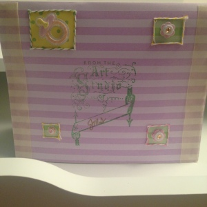 I like how I used baker's twine -- which I use a lot of in my card-making -- on the back.